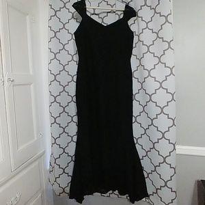Dresses & Skirts - Black Mermaid Cocktail Dress M